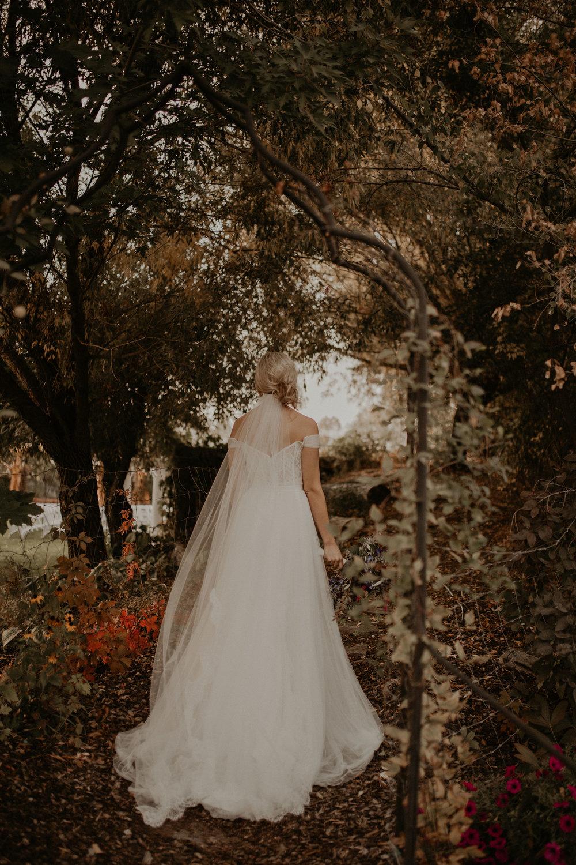 garden wedding fall veil train bride spokane
