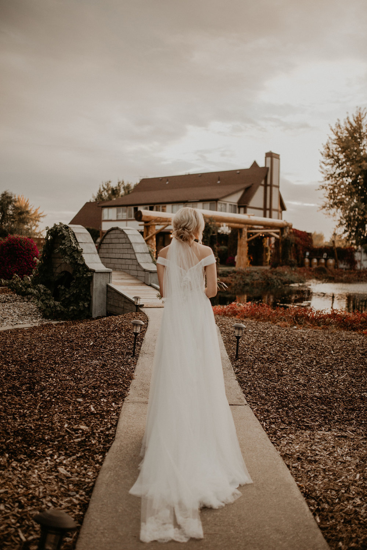 wedding cottage bridge bride spokane