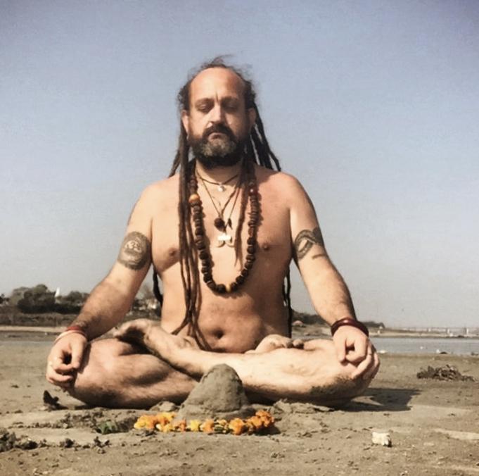Naga Baba Guruji.jpg