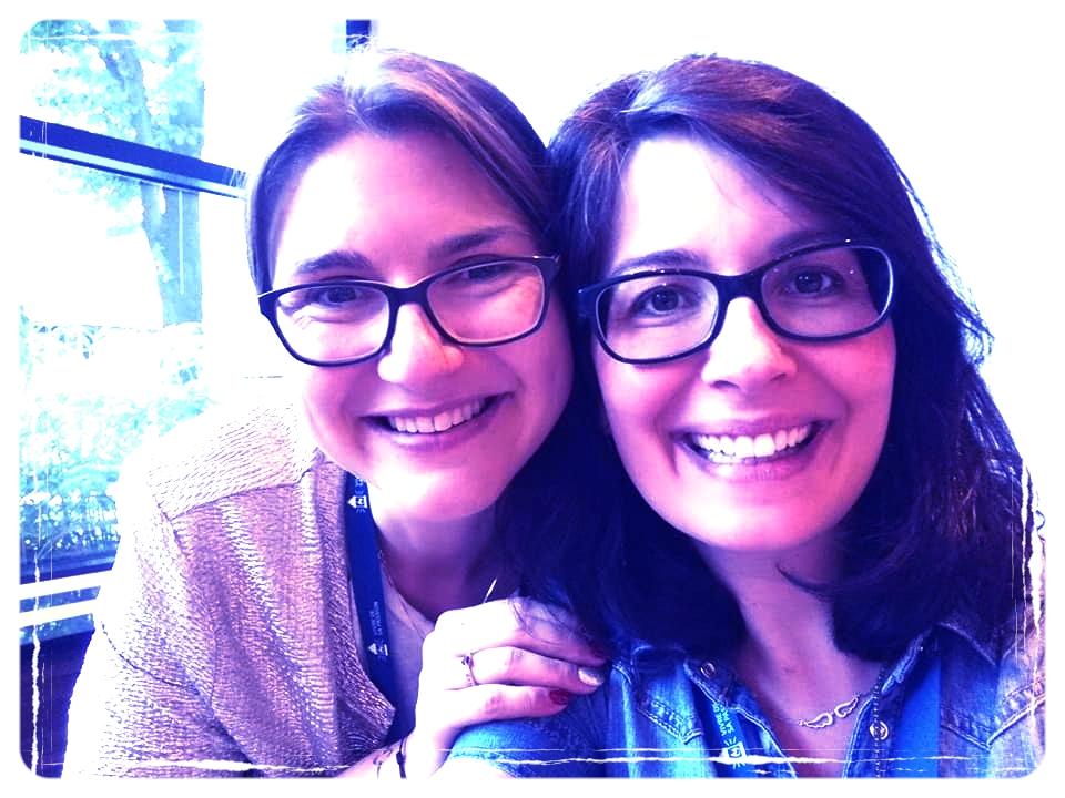 Paméla Brégeot (à droite sur la photo)- Apprenez Rêvez Vivez