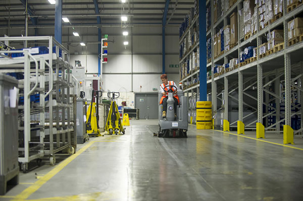 Professional warehouse cleaning services