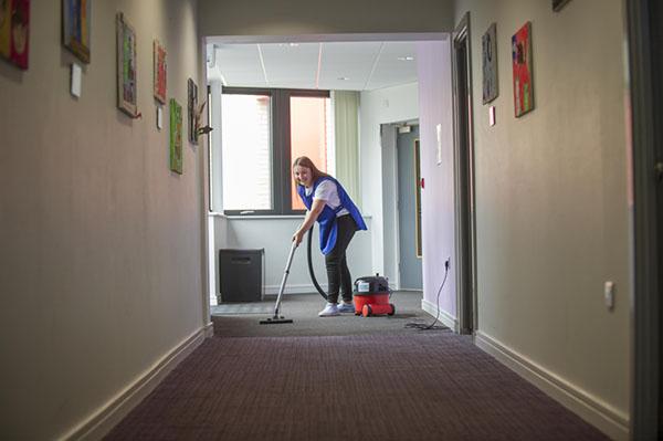 Corridor cleaning with vacuum