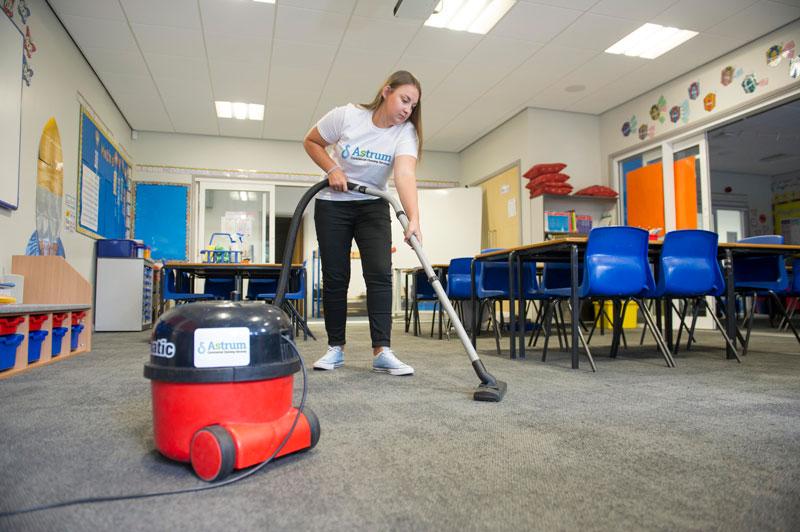 Nottingham School cleaning school carpets