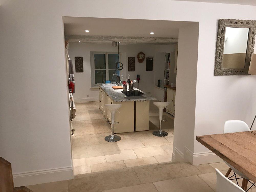 Mz. kitchen .jpg