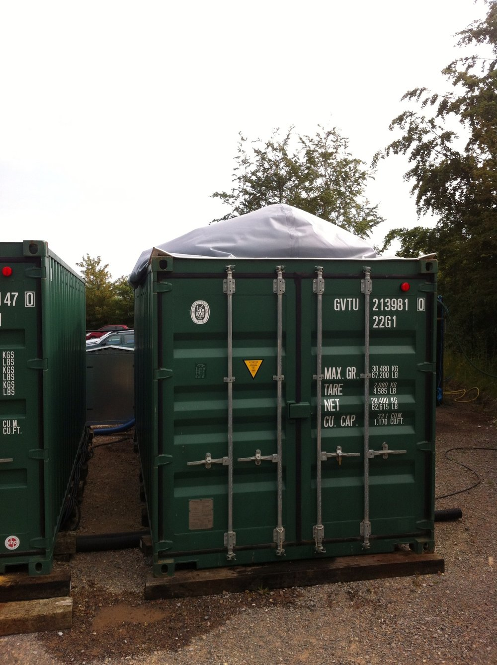 Additional biogas storage bladder