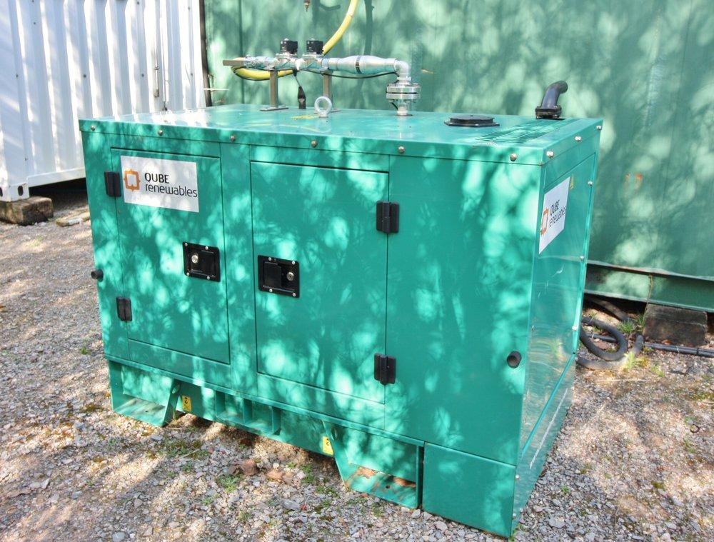 QUBE Renewables - powerQUBE - Howard Tenens - 7.5kW.JPG