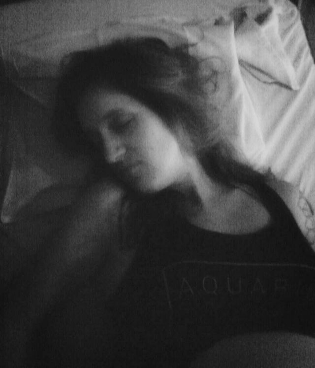 Dozing through contractions