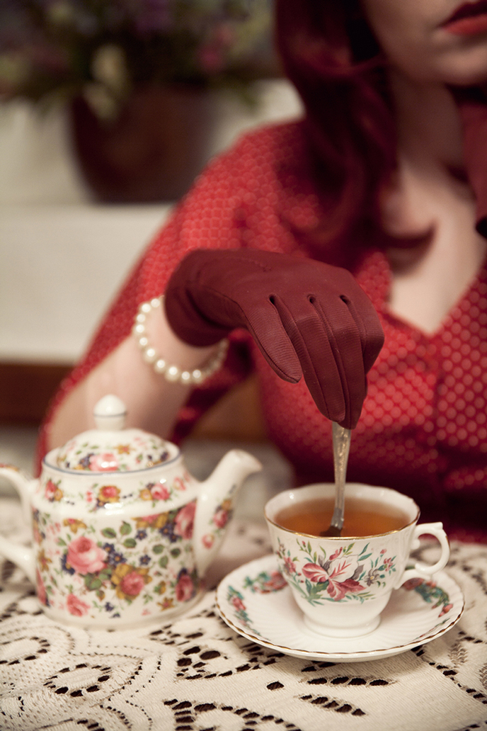 historical-fiction-tea-cup-anna-roberts-photography.jpg