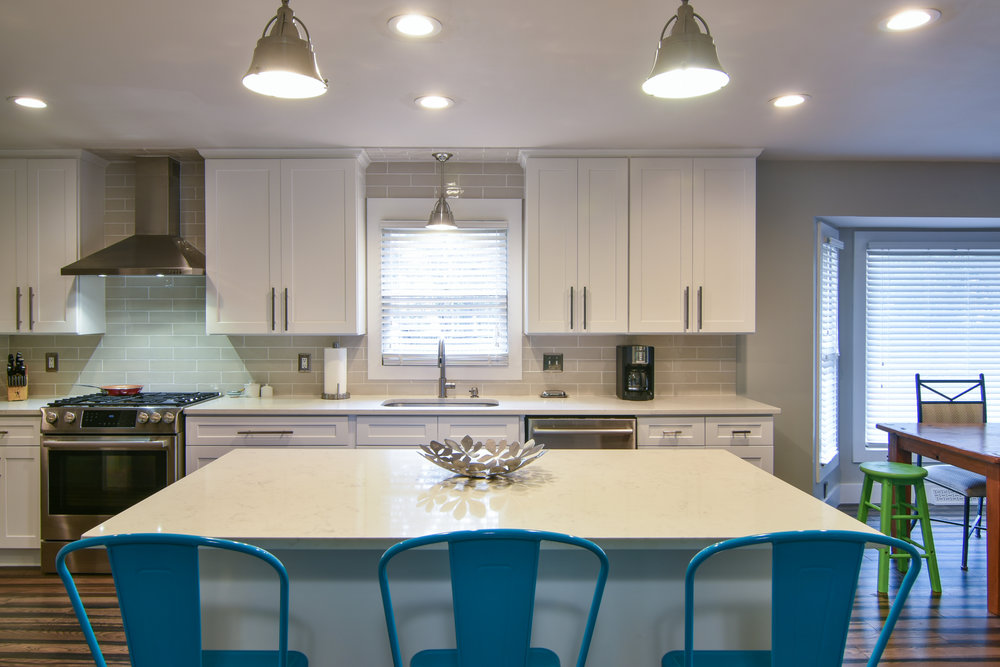 PROJECT : Complete kitchen remodel, West Ashley   DETAILS : Upgraded cabinetry, lighting, backsplash, and added kitchen island