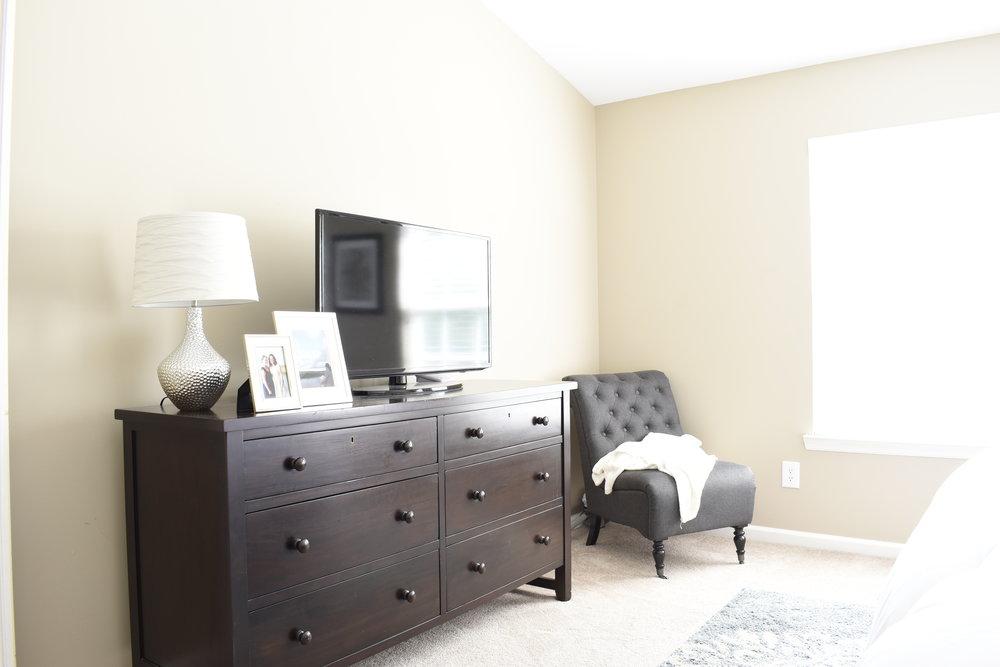 master bedroom dresser..JPG