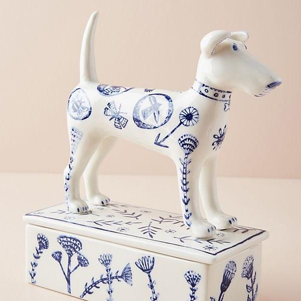 dog box.jpg