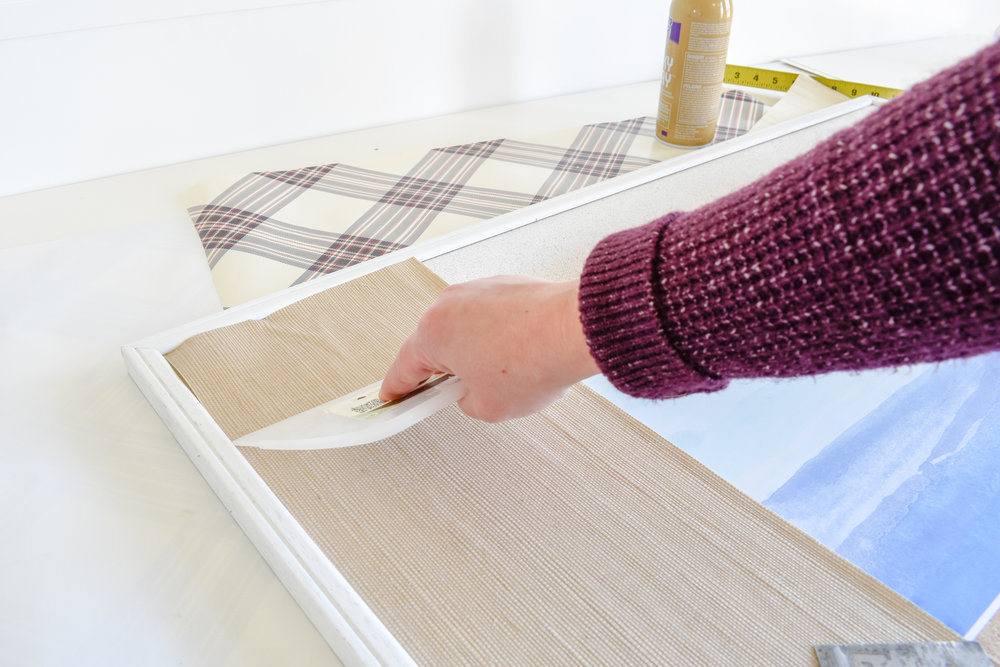 DIY Tutorial | Grasscloth Picture Matting - You can get this expensive high-end look using wallpaper scraps or even apply the same technique with fabric or wrapping paper scraps!