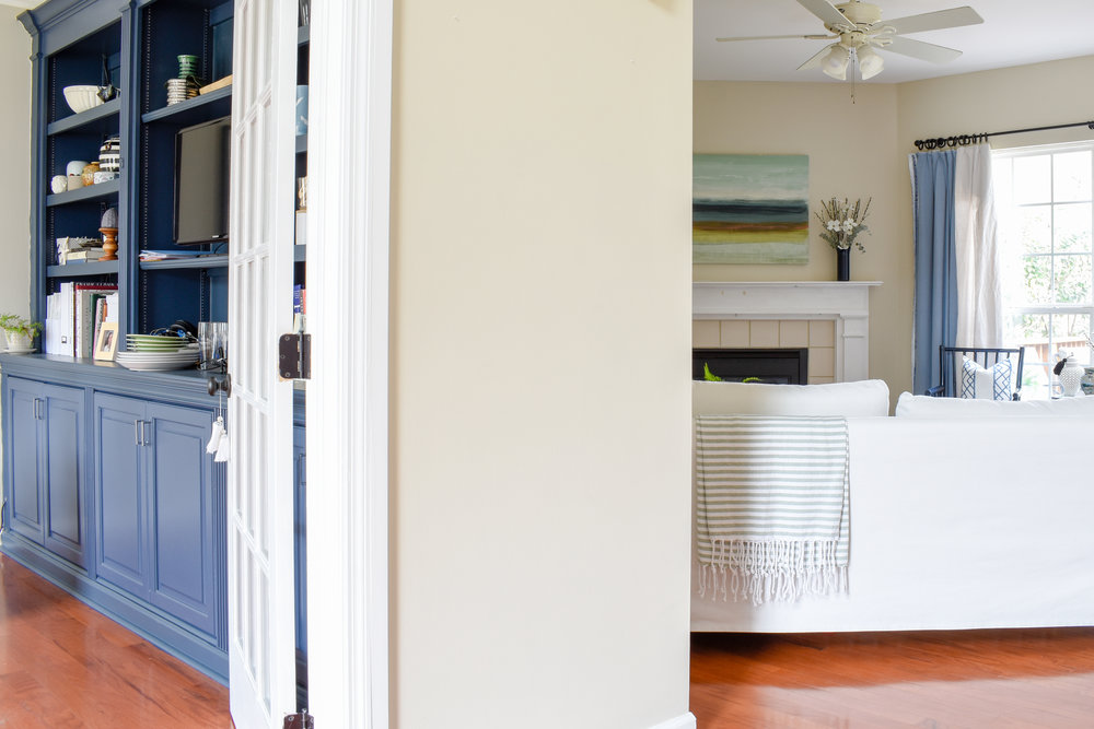 A Home Office That Works For Everyone: we recently completed this project, allowing all 3 of us to use this one space in our own unique ways. #homeoffice #organizing #springcleaning