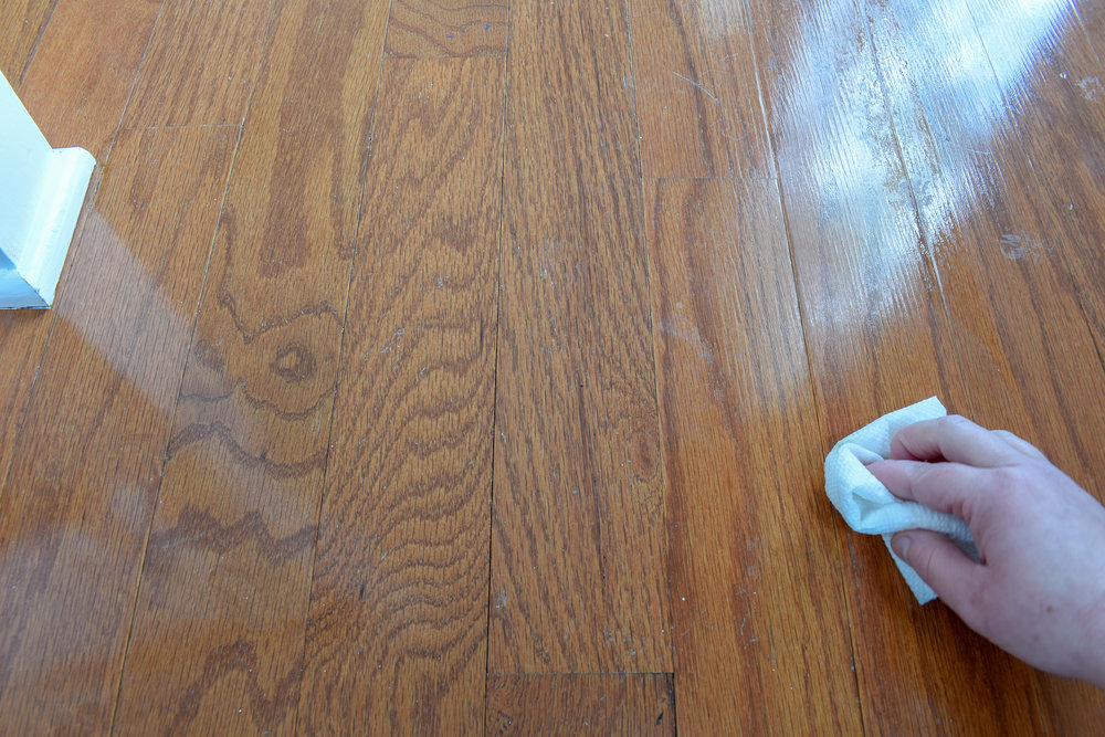 quick method for removing varnish or lacquer from finished wood surfaces