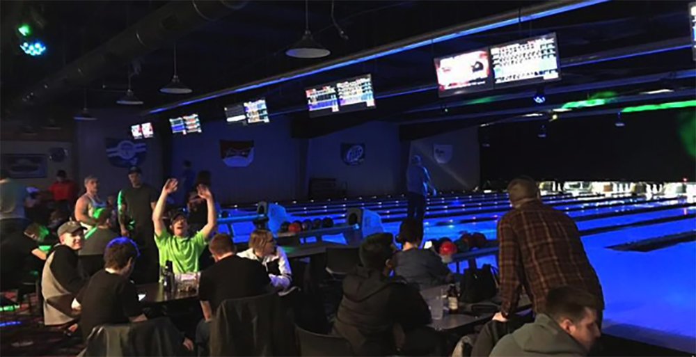 BOWLING FUN! - The Gate boasts a beautiful bowling alley, as well as pool tables, large bar area including numerous televisions, great food and ice cold beveages!