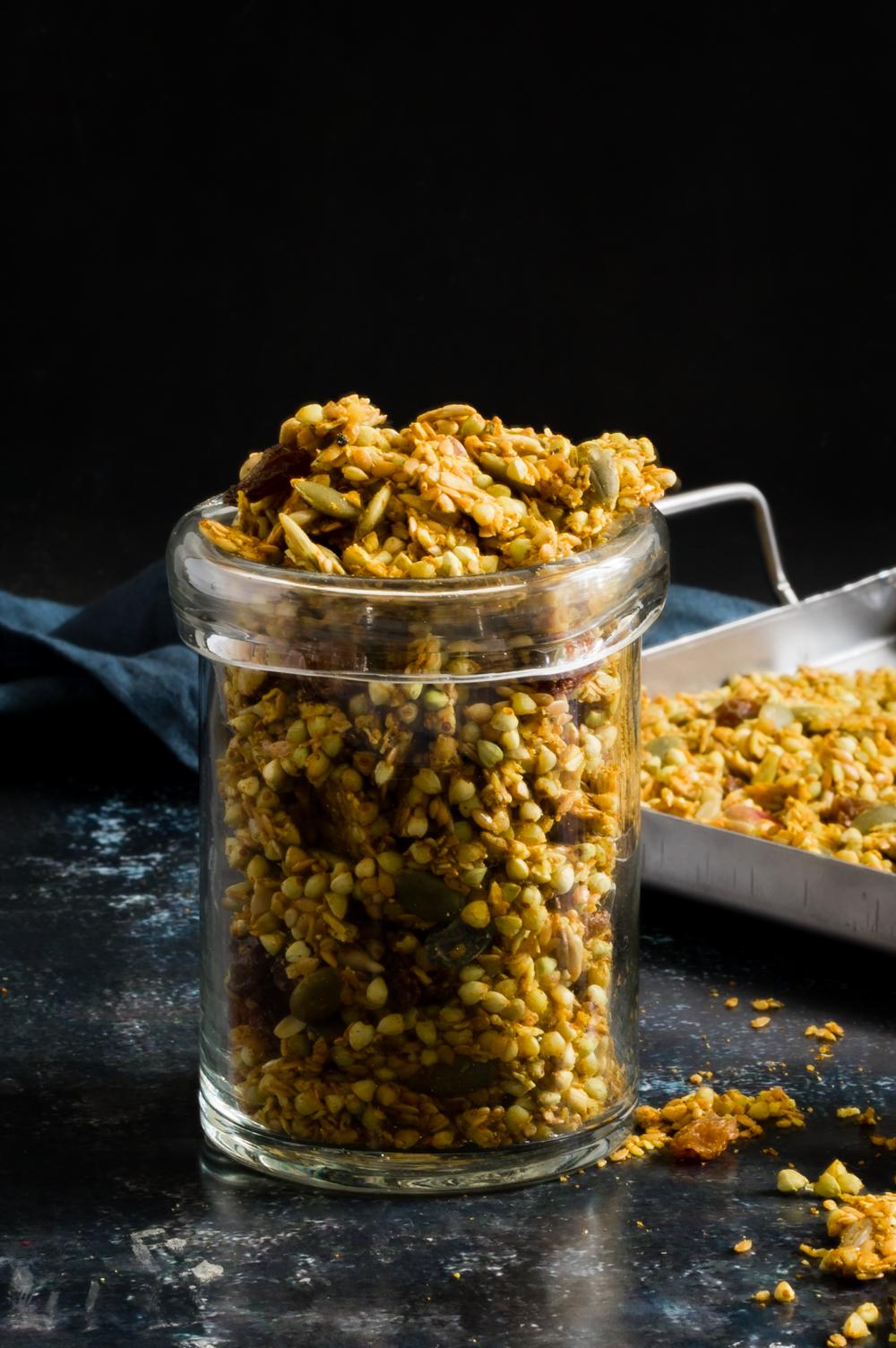Rawnola - granola härligt gul och smakrik