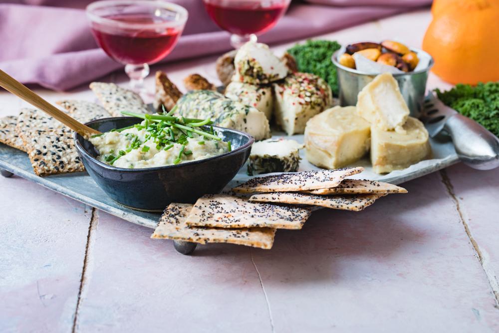 Vegansk ostbricka till jul - ost special-1314.jpg