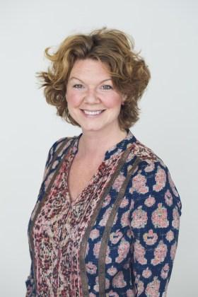 MötCecilia Davidsson - Curlyfood är hjärtat i hennes verksamhet men på meritlistan kan hon titulera sig kokboksförfattare, flitigt anlitad för catering, har omottligt populära kurser och Cleanse. Utöver det är hon Tidningen Hälsas matprofil.Foto: Bianca Brandon - Cox