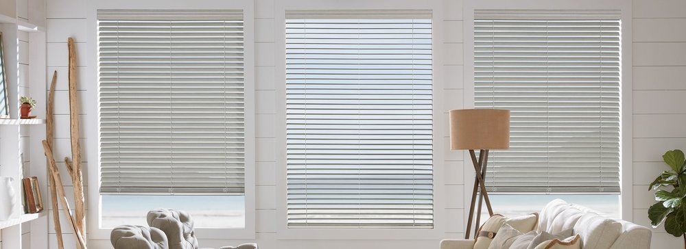 faux-wood-blinds-everwood-trugrain-carousel-01_0.jpg
