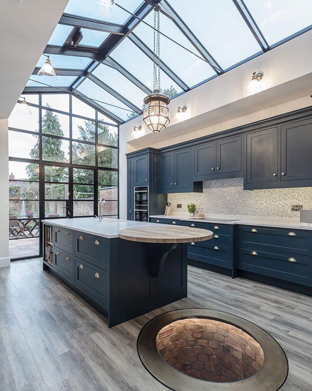 Kitchen   The heart of the home  #kitchendesign #kitchengoals #georgianhouse #crittallstyle #contractor #partyspace #knowle #dorridge #lapworth #interiordesign #interiordesigner #architecture #architect #englishhome #englishkitchen