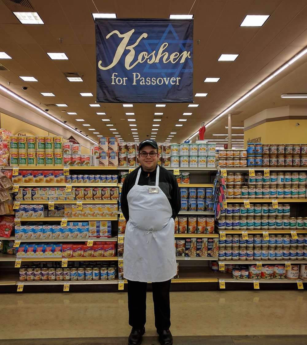 Tom Thumb is ready for Pesach!