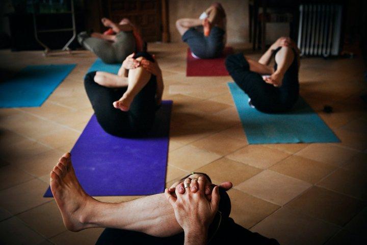 yoga_indoor.jpg