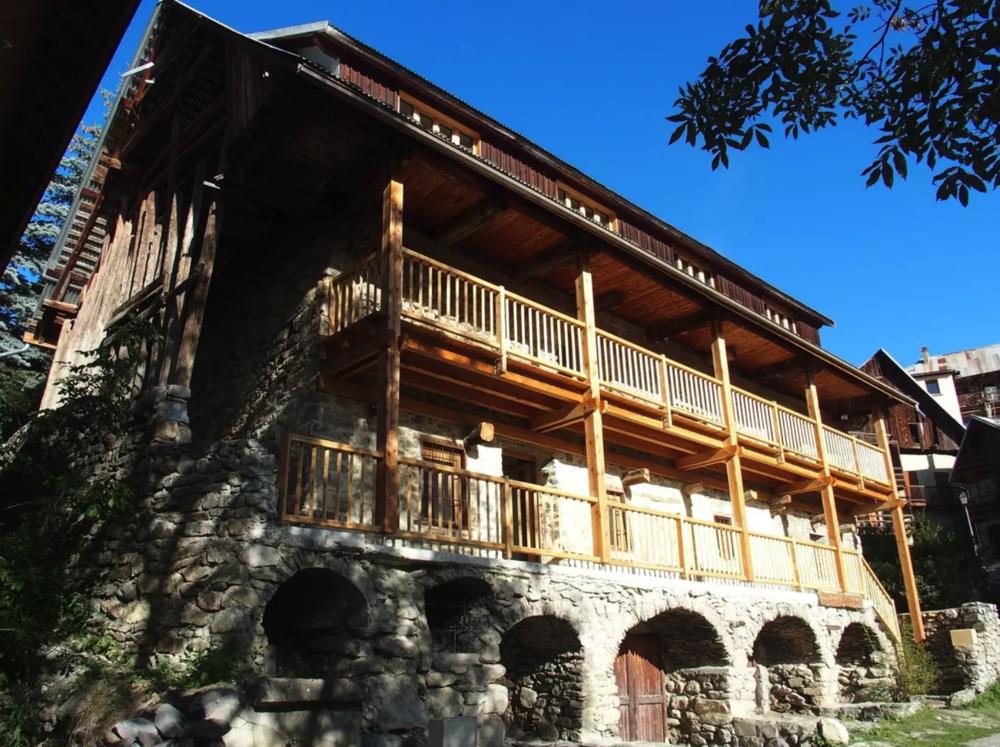 High Altitude Farmhouse - Puy Aillaud