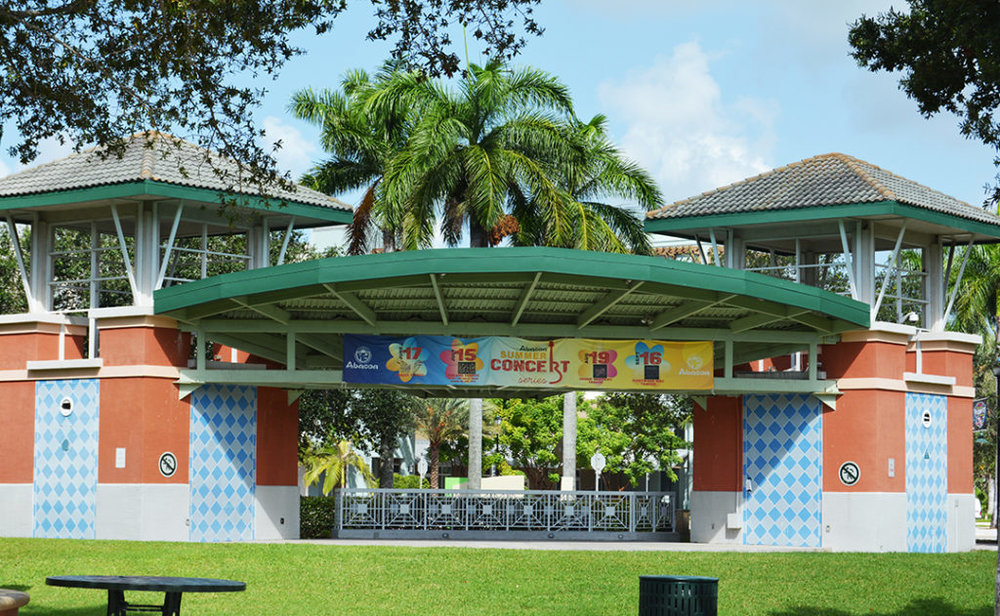Free Concert on the Green - Saturday, January 27th7-10 pmPop, Jazz, Classic Rock, Reggae, Soul & More!Abacoa Website