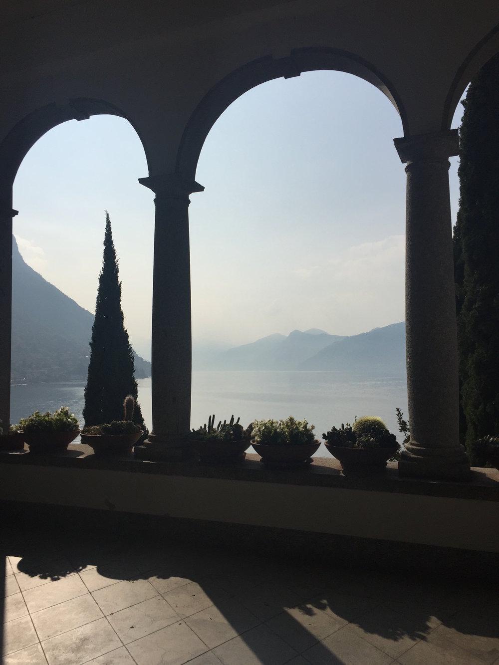 Bellagio view thru arches.JPG