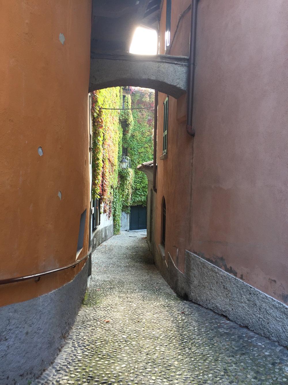 Bellagio Alley 2.JPG
