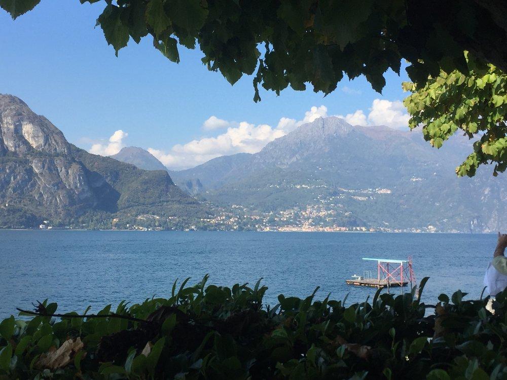 Bellagio lake view diving board.JPG
