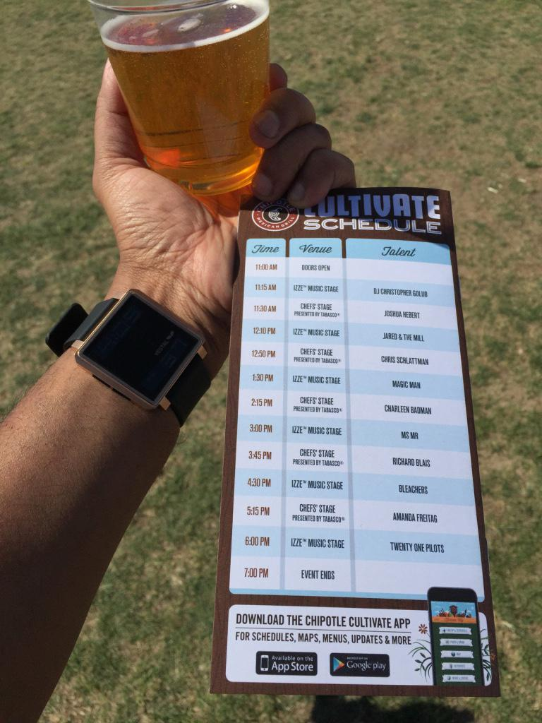 My favorite that I tried was #PagoBrewing #OrangeBlossomAle! #DDDDAAAAMMMMMNNN it was soo good. It sold out. I luckily had #TwoTwelveOuncers.