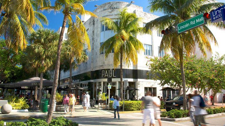 Lincoln-Road-Mall-Miami-59278.jpg