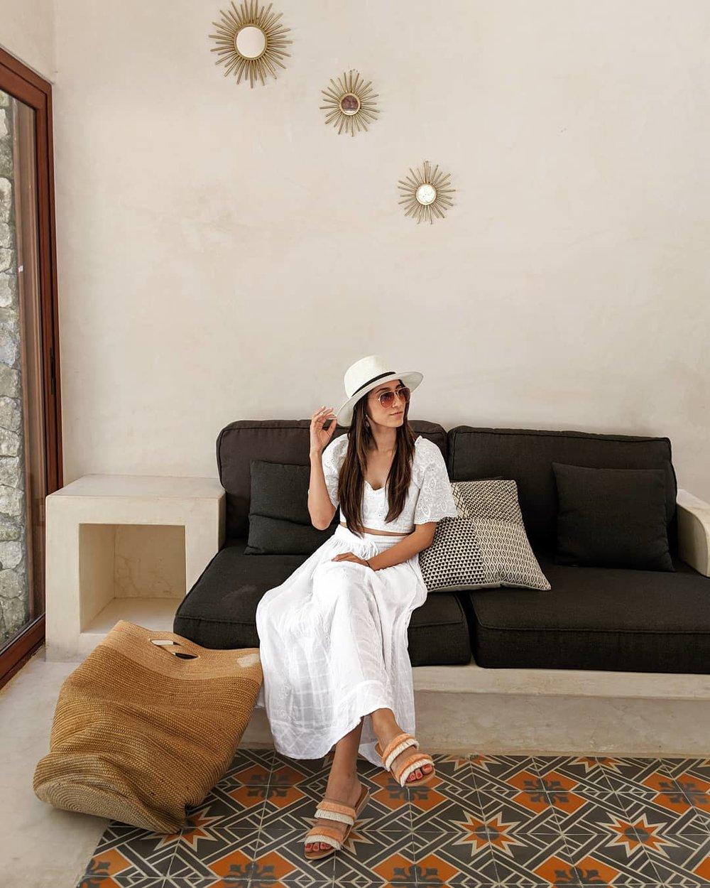 Wearing:  H&M  Blouse (   similar   )    Amazon  Skirt    Dolce Vita   Sandals