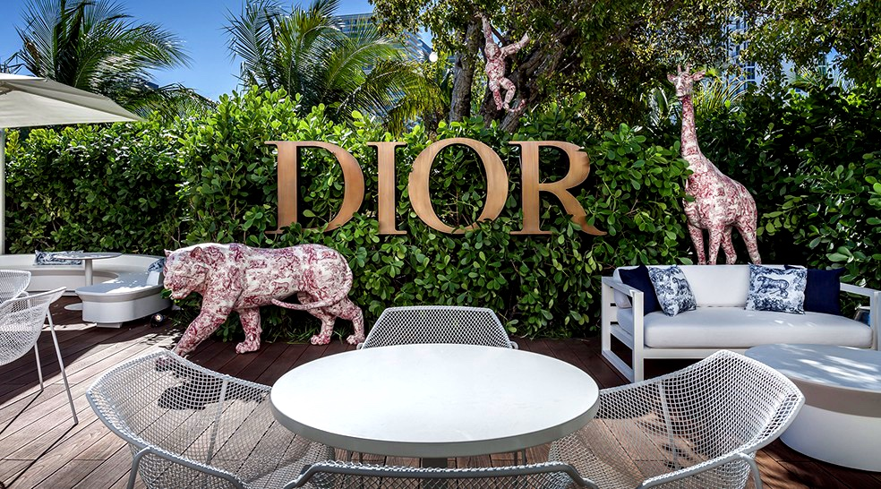 Simply Gharib - Cafe Dior Miami
