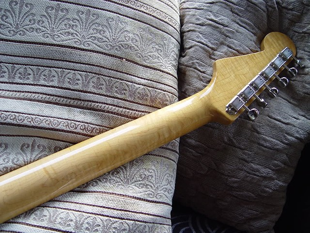 FLAME MAPLE NECK IN EVIDENCE
