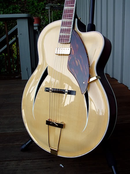 760 JAZZ-BO HAND-CARVED ARCHTOP