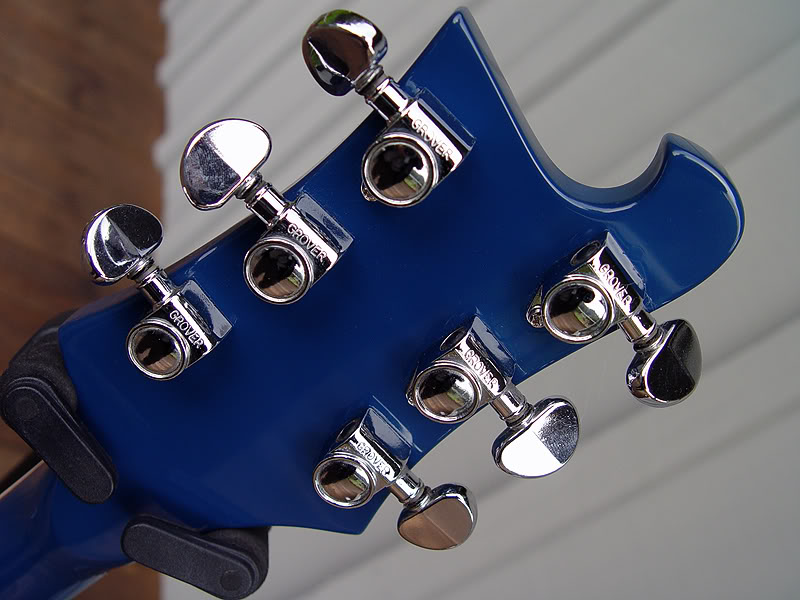 GROVER TUNERS WERE STANDARD ON THE 481