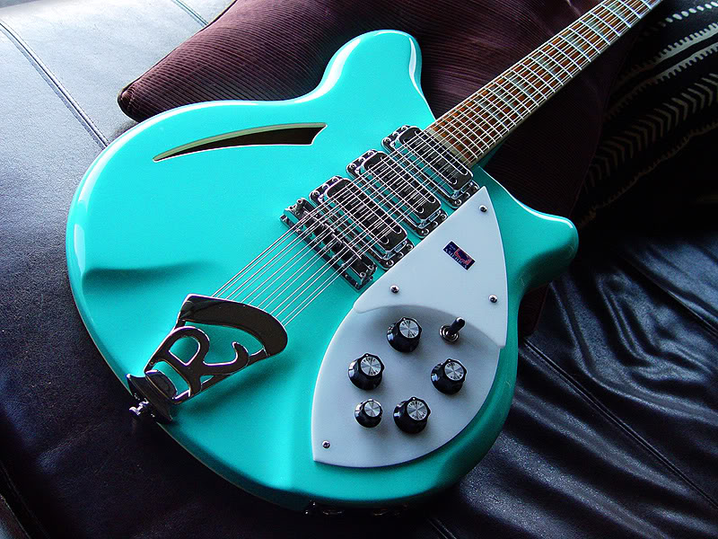 SEA GREEN 370/12 WITH ADDED PIEZO PICKUP