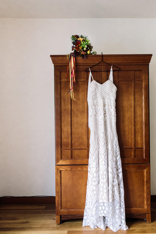 Vibrant Bridal bouquet and dress