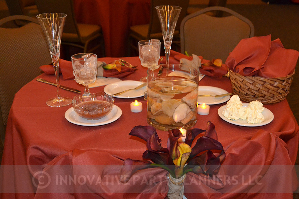 Fall Wedding | Sweetheart Table | hiking autumn theme decor by Innovative Party Planners at Chizuk Amuno