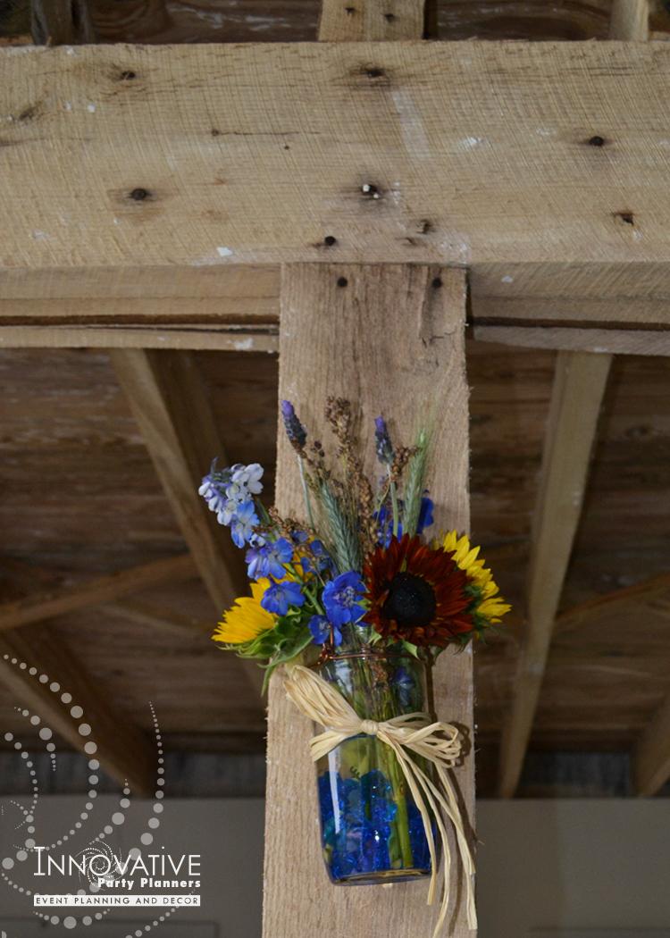 Merkle_Picnic_Flowers_Hanging_2.jpg