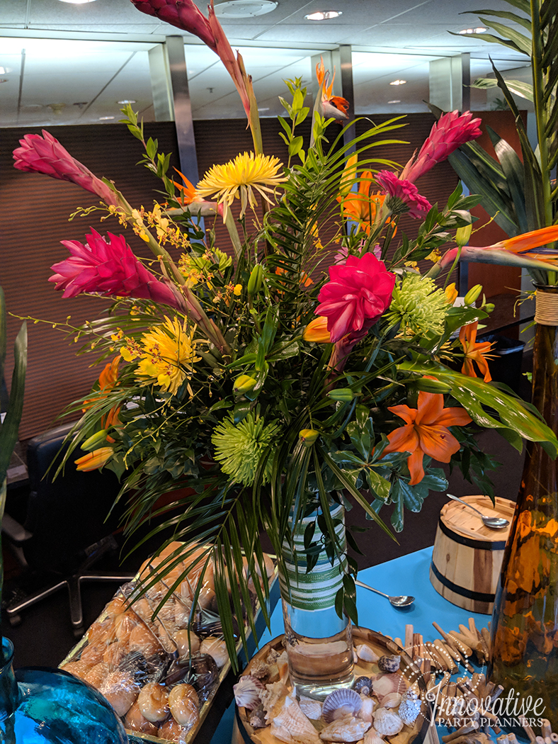 NQGRG_Holiday_Party_2017_Hawaii_Main Buffet_Flowers 1.jpg