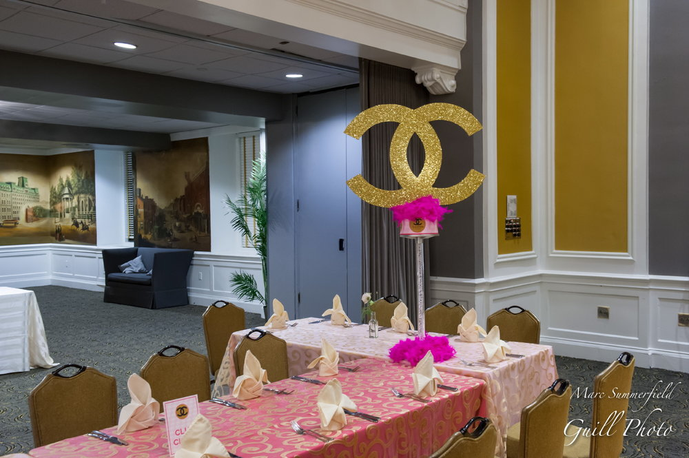 Club Chloe | Teen Table | Bat Mitzvah club theme decor by Innovative Party Planners at Lord Baltimore Hotel