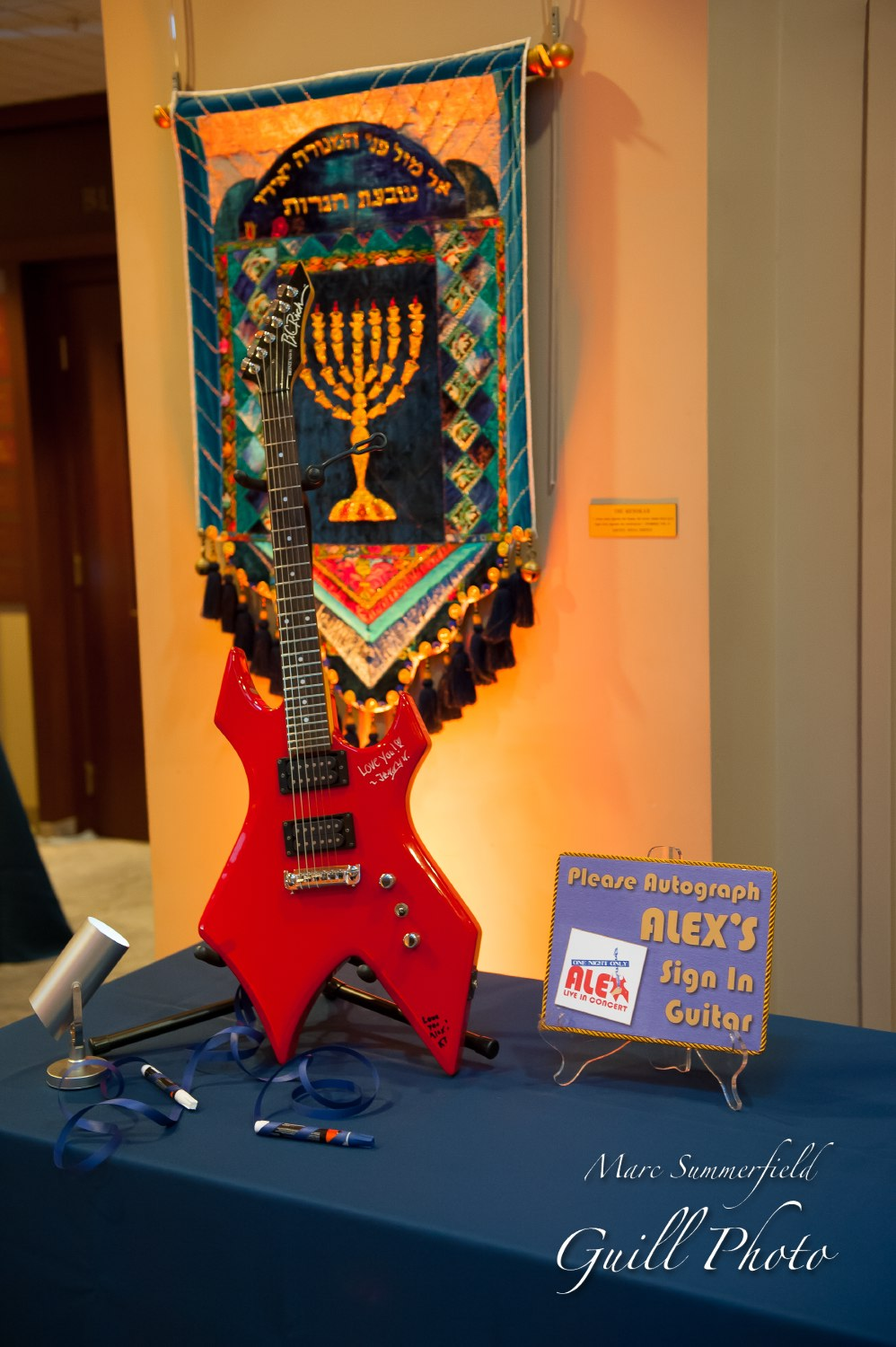 Alex Live in Concert   Sign In Guitar   Bar Mitzvah concert theme, music theme, singing theme, guitar theme, keyboard theme, decor by Innovative Party Planners at Oheb Shalom