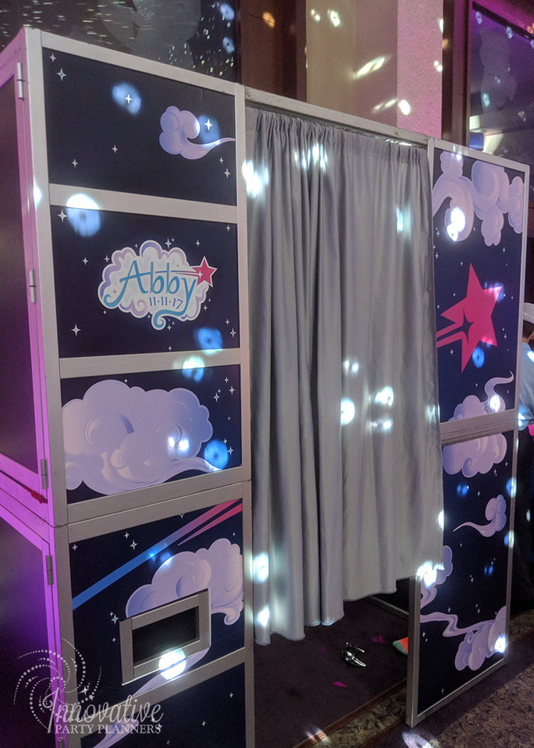 Abbys Starry Night   Booth-o-rama Photo Booth  Bat Mitzvah 'Make a Wish', dream theme, starry night theme, ethereal theme by Innovative Party Planners at Oheb Shalom