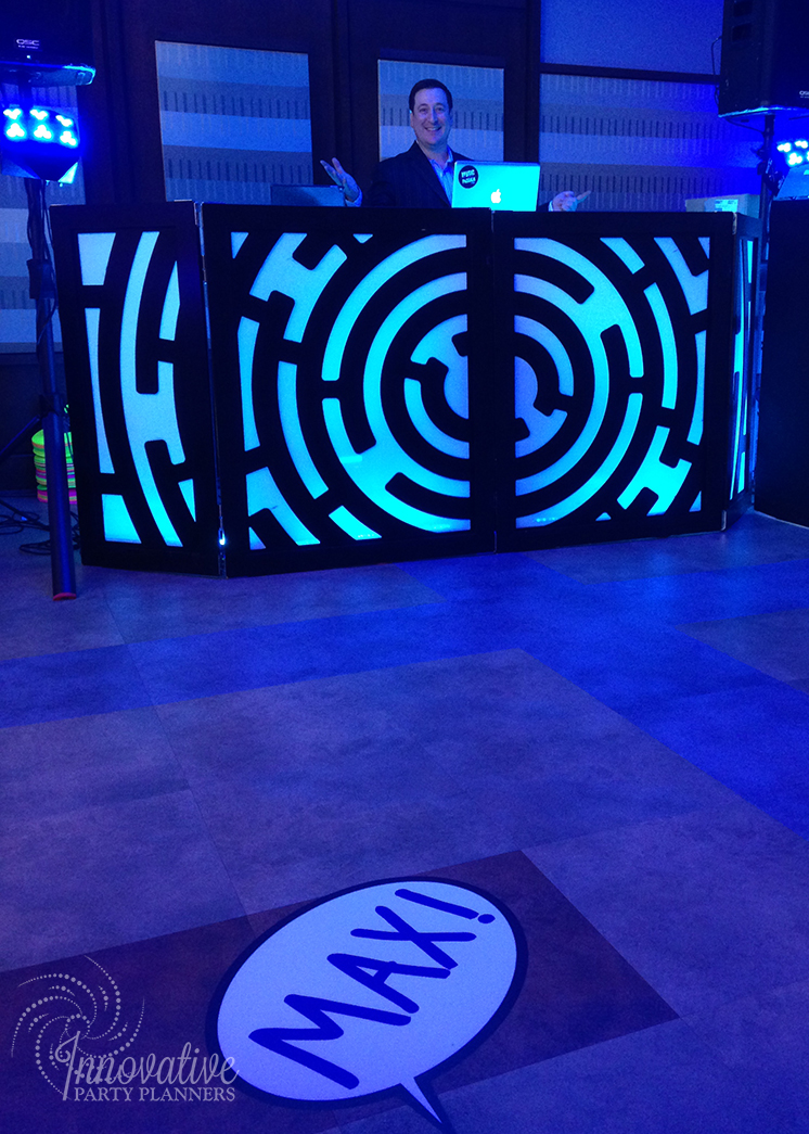 Maxs Cartoons | DJ Booth | Bar Mitzvah cartoon theme decor by Innovative Party Planners at Baltimore Hebrew