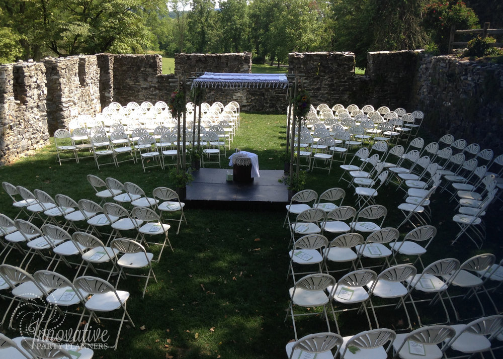 Wedding at Stock's Manor | Ceremony | decor by Innovative Party Planners