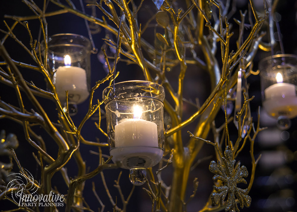 MERKLE_Holiday_2017_Winter_Wonderland_Manzanita_WineBar_2.jpg