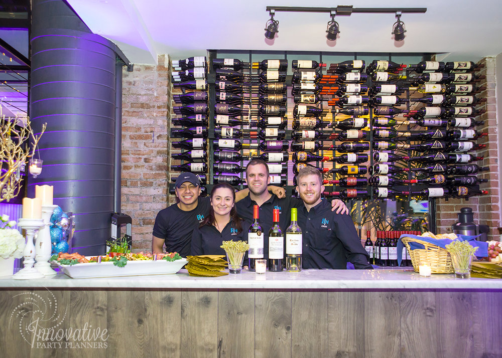 MERKLE_Holiday_2017_Winter_Wonderland_Wine_Bar_2.jpg